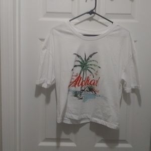 NWOT Hawaii print cropped top size XL